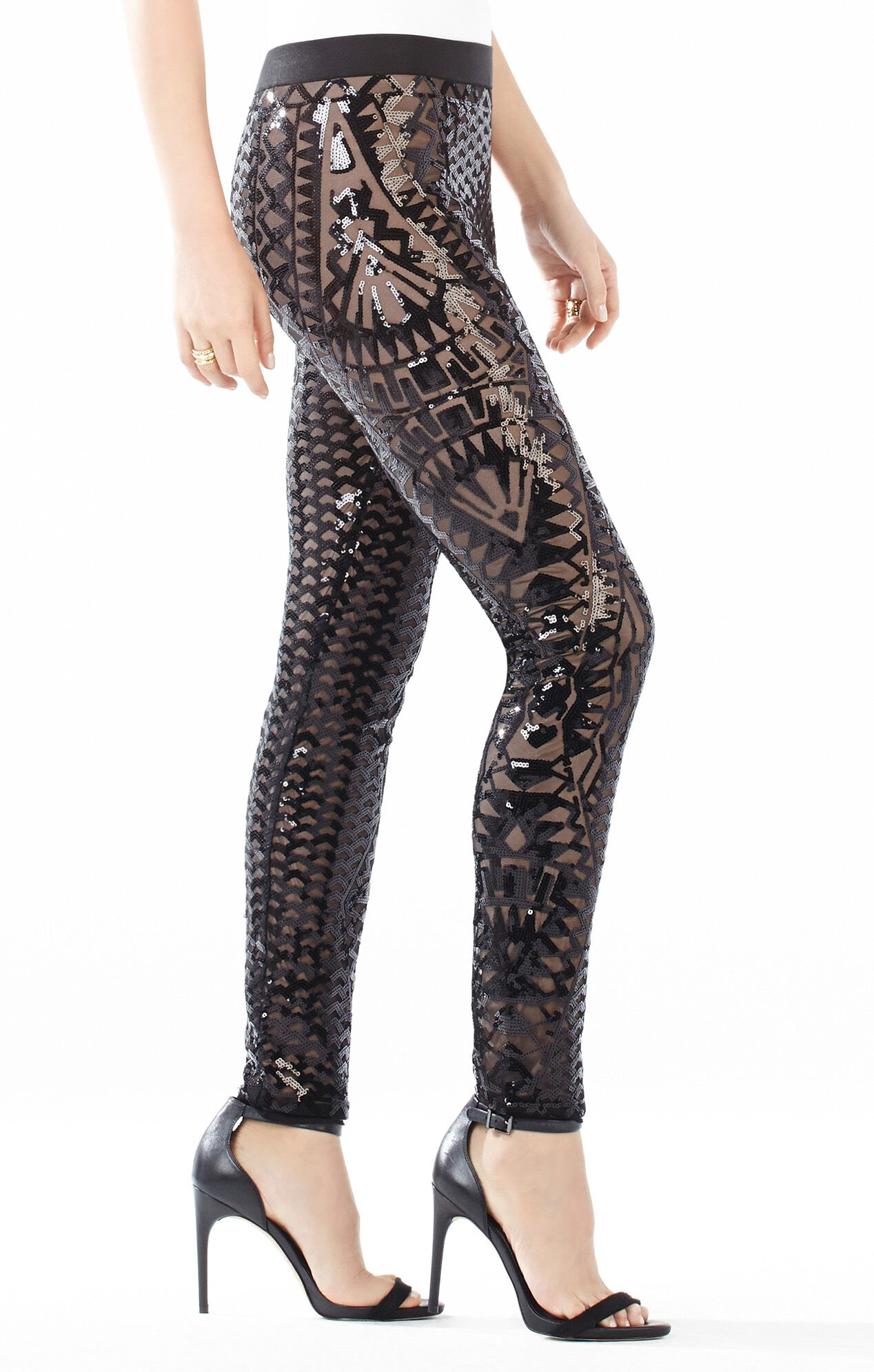 Free shipping and returns on Lucy Paris 'Shasta' Sequin Leggings at comfoisinsi.tk Ankle-length leggings are covered with gleaming goldtone sequins for a dazzling, light-catching finish/5(48).